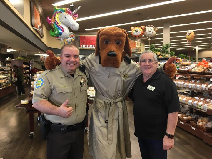 Mayor Barney with Captain Lugo and the Crime Sniffing Dog at Coffee with a Cop on 2/17