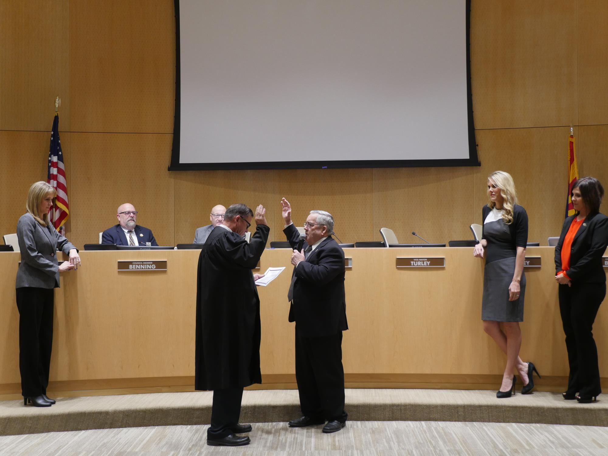 Mayor Barney being sworn into office at the January 16 Town Council Meeting