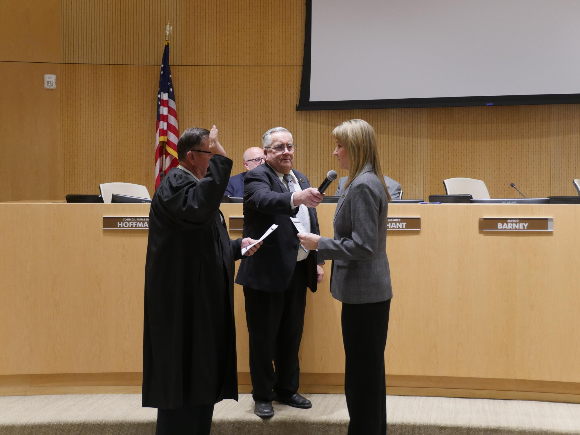 Council Member Oliphant being sworn into office at the January 16 Town Council Meeting (1)