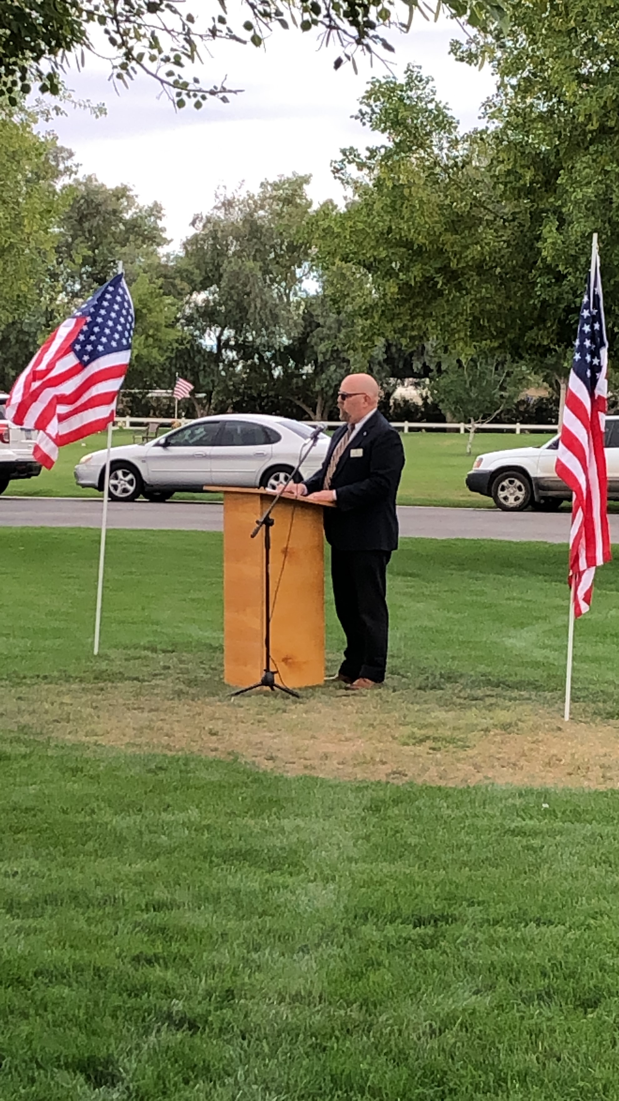 Vice Mayor Benning speaking at the San Tan Memorial Gardens Memorial Day Event on May 27.1